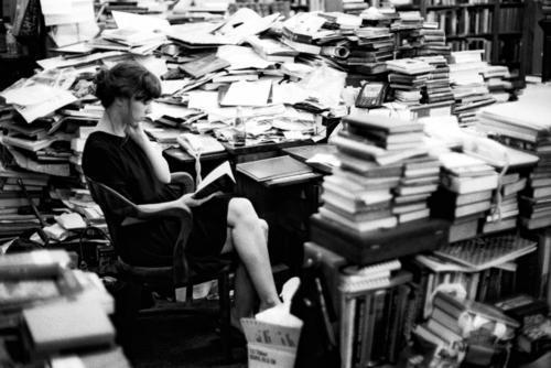Cómo hilar subtramas en tu novela (y no perder al lector en el intento)