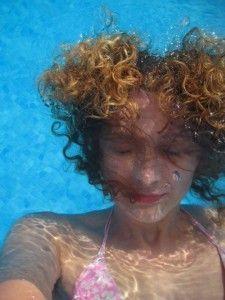 Auto-retrato bajo el agua